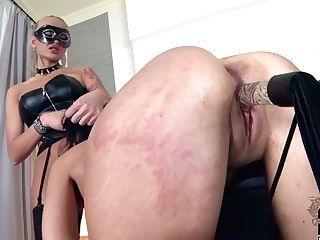 Rapacious Slender Blondie In Corset Makes Obedient Dark-haired Eat Her Cooter