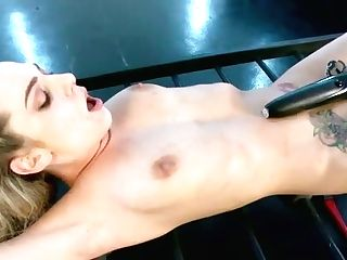 Supah Juggy Light-haired Seductress Wearing Corset Sits On Face And Gets Her Muff Ate