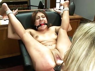 And Lesdom Porno With Aiden Starr And Jynx Labyrinth