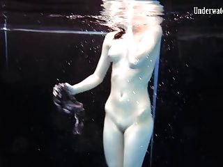 Two Femmes Swim And Get Naked Sexy
